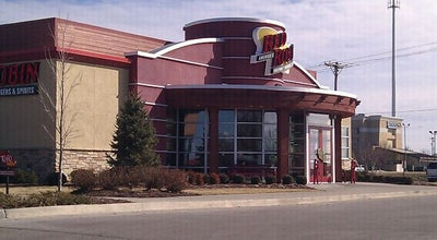 Photo of American Restaurant Red Robin Gourmet Burgers at 3720 S Glenstone Ave, Springfield, MO 65804, United States