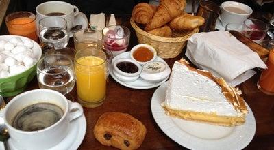 Photo of French Restaurant Le Loir dans la Theiere at 3 Rue Des Rosiers, Paris 75004, France