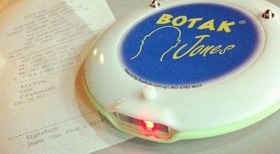 Photo of American Restaurant Botak Jones at 121 Somerset Road, Singapore 238166, Singapore