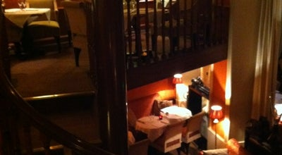 Photo of French Restaurant Le Berkeley at 7 Avenue Matignon, Paris 75008, France