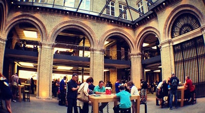 Photo of Electronics Store Apple Covent Garden at No. 1-7 The Piazza, London WC2E 8HB, United Kingdom