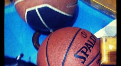 Photo of Basketball Court CD Mar De Plata at Paseo Vincent Van Gogh, Sevilla 41010, Spain