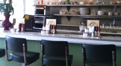 Photo of American Restaurant Snug Harbor at 2323 Wilshire Blvd, Santa Monica, CA 90403, United States