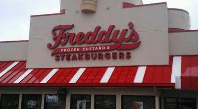 Photo of American Restaurant Freddy's Frozen Custard & Steak Burgers at 707 Round Rock Ave, Round Rock, TX 78681, United States