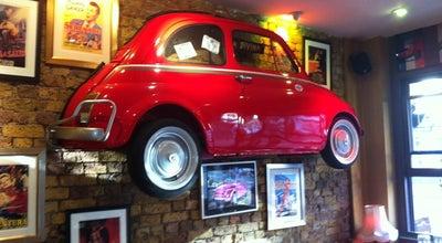 Photo of Italian Restaurant La Divina Restaurant at 134 Upper Street, London N1 1QP, United Kingdom