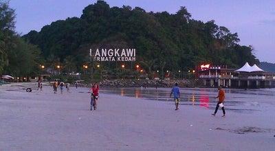 Photo of Beach Pantai Cenang (Beach) at Jalan Pentai Cenang, Langkawi 07000, Malaysia