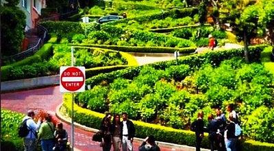 Photo of Monument / Landmark Lombard Street at Lombard St, San Francisco, CA 94109, United States