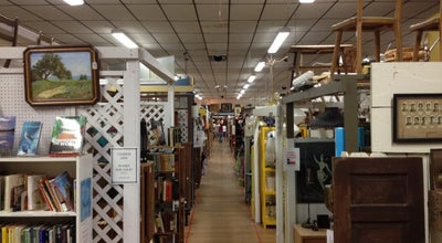 Photo of Antique Shop Austin Antique Mall at 8822 Mccann Dr, Austin, TX 78757, United States