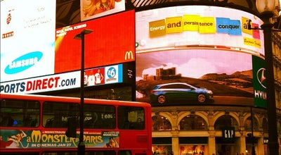 Photo of Bus Stop Bus Stop D - Piccadilly Circus at Piccadilly Circus, London, United Kingdom