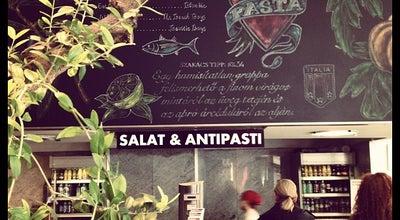 Photo of Italian Restaurant Vapiano at Váci Út. 1-3, Budapest 1052, Hungary