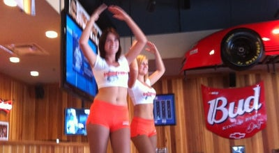 Photo of American Restaurant Hooters at 3320 Taschereau Blvd, Longueuil J4V 2H6, Canada