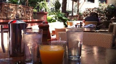 Photo of American Restaurant La Grande Orange Cafe at 260 S Raymond Ave, Pasadena, CA 91105, United States