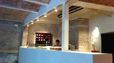 Photo of Asian Restaurant Usagui at C/santjoanistes, 28 Barcelona, Barcelona 08006, Spain