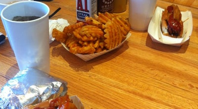 Photo of Fast Food Restaurant Griddler's Burgers & Dogs at 204 Cambridge St, Boston, MA 02114, United States