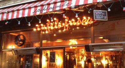 Photo of Bar Café la Fusée at 168 Rue Saint-martin, Paris 75003, France