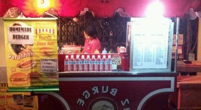 Photo of Food Truck IZ burger at No1,temple Street, Kuching, Malaysia