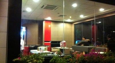 Photo of Burger Joint McDonald's Drive-Thru at Mcdonald's One Sulaman Drivethru, Kota Kinabalu 88450, Malaysia
