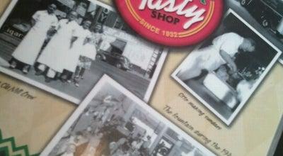 Photo of American Restaurant Old Mill Tasty Shop at 604 E Douglas Ave, Wichita, KS 67202, United States