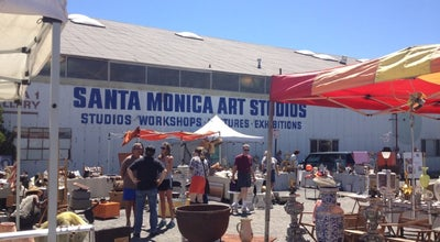 Photo of Antique Shop Santa Monica Outdoor Antique & Collectible Market at Airport Ave, Santa Monica, CA 90405, United States