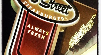 Photo of American Restaurant 96th Street Steakburgers at 4715 East 96th Street, Indianapolis, IN 46240, United States