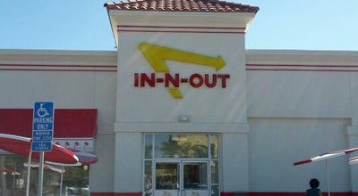 Photo of Fast Food Restaurant In N Out Burger at 1260 W Valley Pkwy, Escondido, CA 92029, United States