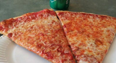 Photo of Pizza Place Tucky's Pizza at 3 S Wood Ave, Linden, NJ 07036, United States