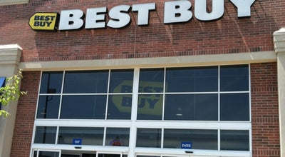 Photo of Electronics Store Best Buy at 470 E Aurora Rd, Macedonia, OH 44056, United States