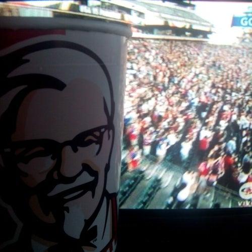 KFC Cedritos 140  en Bogotá