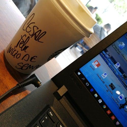 Starbucks Parque 93 en Bogotá