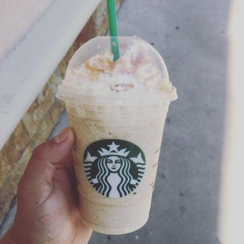 Starbucks - Portal La Dehesa en Santiago