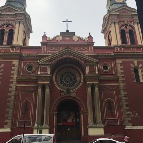 Iglesia de San Agustín  en Santiago