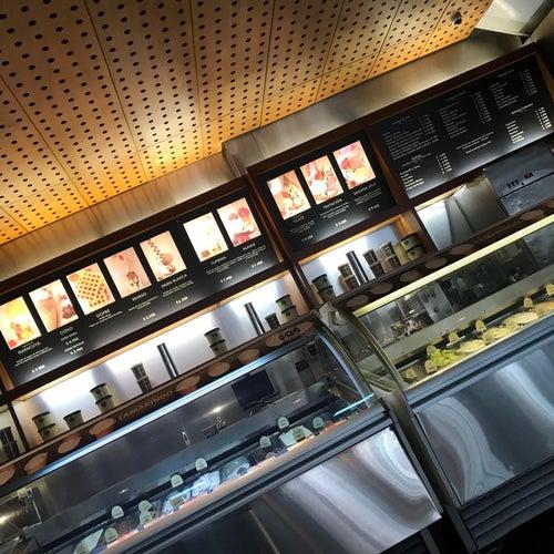 Crepes & Waffles Heladería Plaza 54 en Bogotá