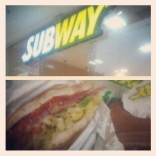 Subway Hayuelos en Bogotá