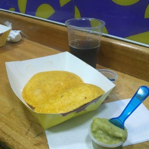 Empanadas Típicas Calle 67 en Bogotá
