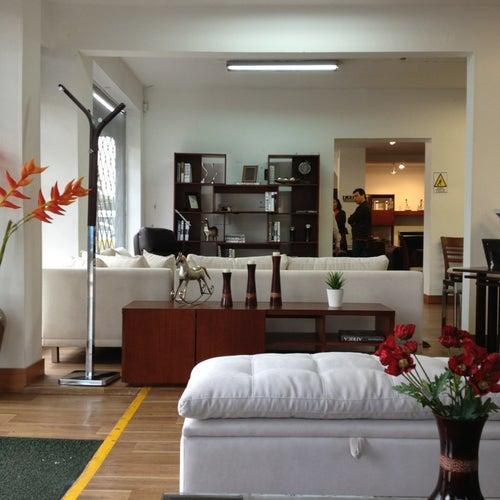 Muebles & Accesorios Calle 57 en Bogotá