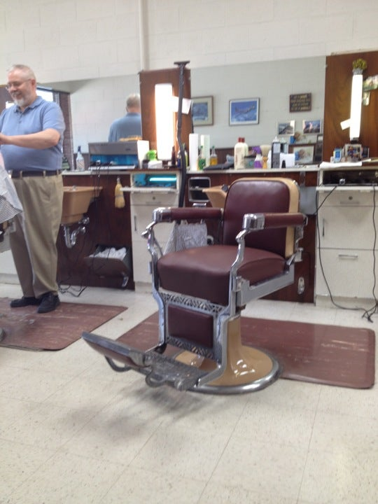 PITTS BARBERS