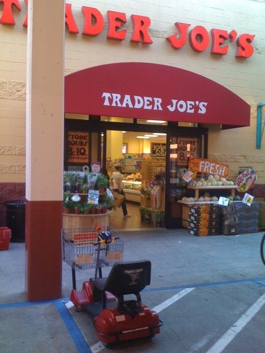 Trader Joes at 555 9th St btwn Bryant  Brannan San Francisco