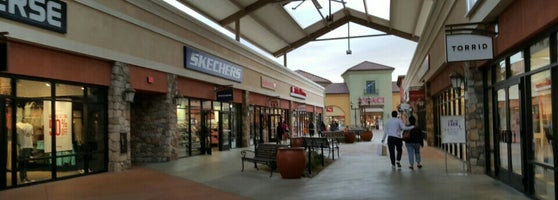 Tejon Outlets Stores >> The Outlets at Tejon Ranch - Shopping Mall