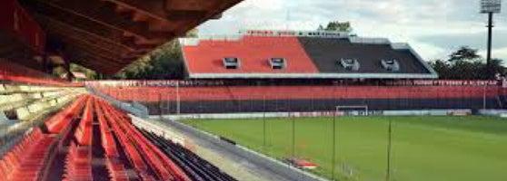 Parque de la independencia centro bv oro o for Puerta 6 estadio newells