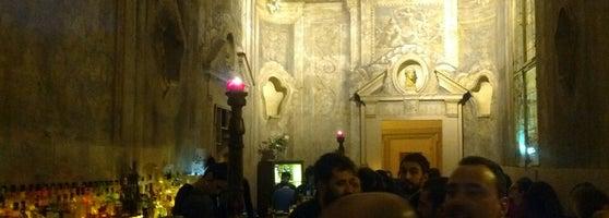 Le stanze cocktail bar in bologna for Le stanze di sara bologna