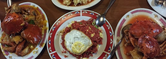 Sunshine beach resto and cafe asian restaurant in sorong for Aja asian cuisine lounge