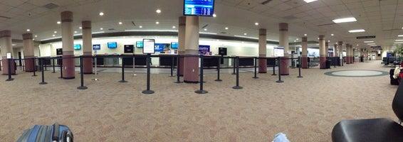 Capital Region International Airport (LAN)