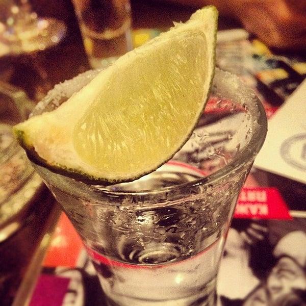 Снимок сделан в Papa's Bar & Grill пользователем Dasha S. 4/12/2012