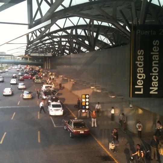 Fotos en aeropuerto internacional de la ciudad de m xico for Puerta 6 aeropuerto ciudad mexico