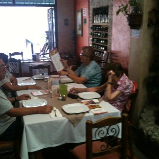 Foto tomada en Kpuchinos por Neto G. el 5/3/2012