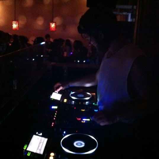 Photo taken at Bar Américas by Rockdrigo on 5/25/2012