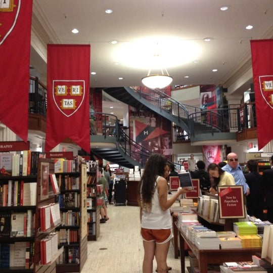 Photo taken at Harvard Coop Society Bookstore by Luis R. on 6/11/2012
