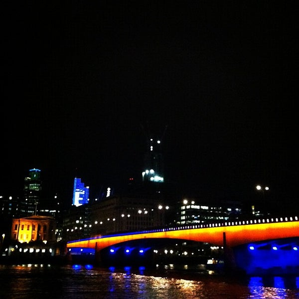 Photo taken at London Bridge by esther j. on 8/27/2012