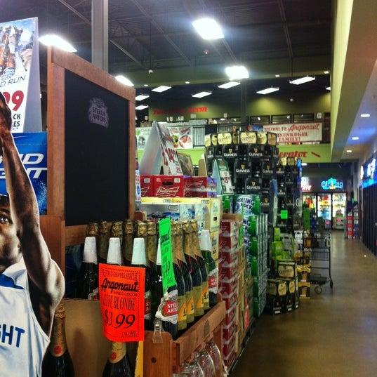 Foto tirada no(a) Argonaut Wine & Liquor por Brandon B. em 3/8/2012