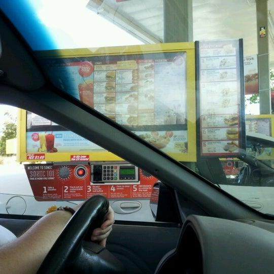 7/26/2012にKayla S.がSONIC Drive Inで撮った写真